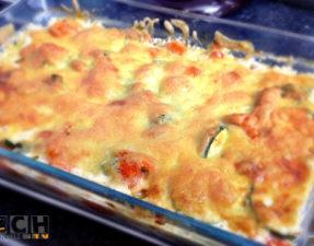 Fertig ist der Käse-Gemüse-Auflauf
