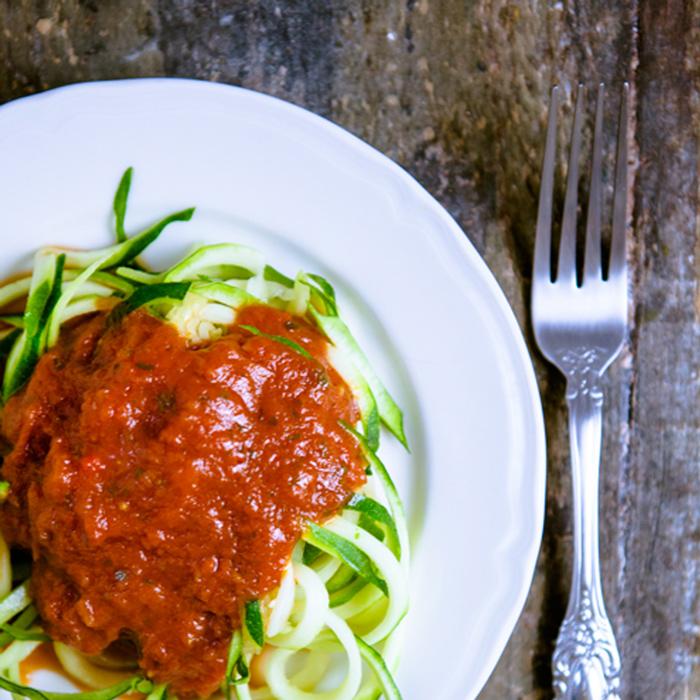 Zucchini-Spaghetti-arrabiata---Gastbeitrag---kuechenchaotin---Mirja-Hoechst-insta