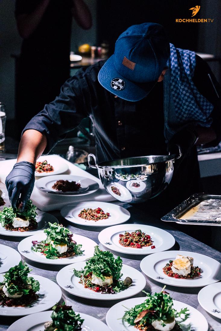 Also haben wir den Salaten beim Wachsen zugeschaut, stylische Salat-Influencer-Picture geschossen und sind dann zurück zum Essen auf Schloss Wissen gefahren. Man kann nämlich jede Menge geilen Scheiß aus den Bonduelle-Produkten zusammen zimmern.