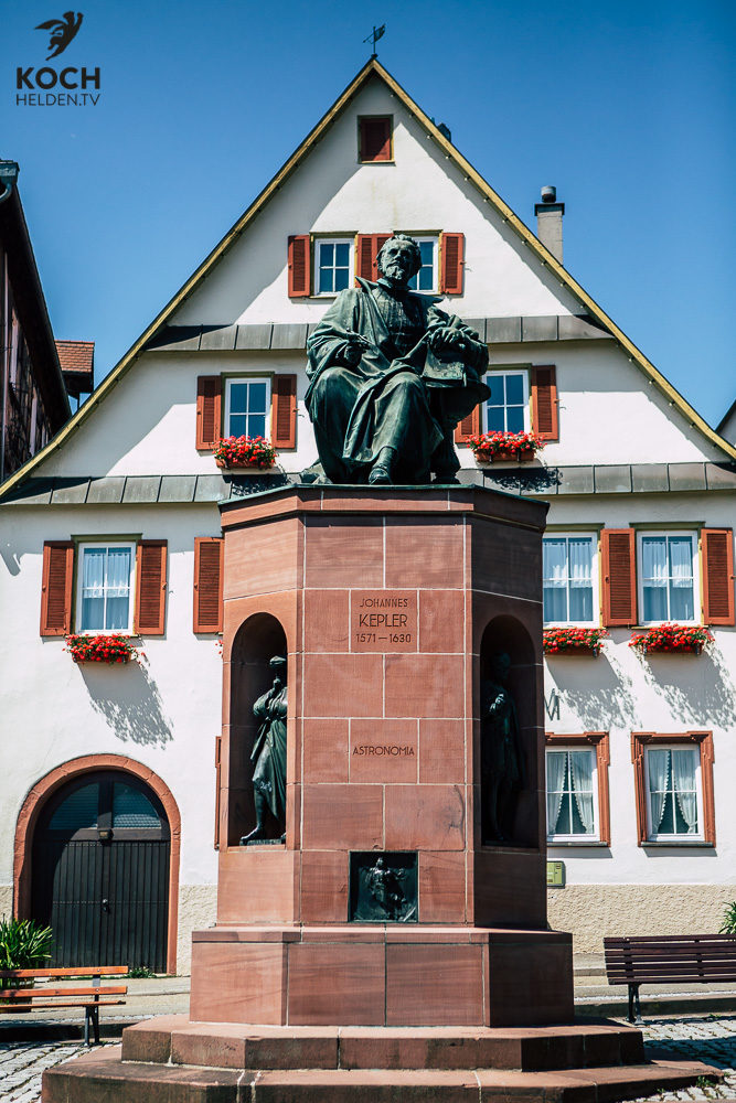 Kepler Denkmal Weil der Stadt - www.kochhelden.tv
