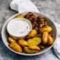 Grillhühnchen, Rosmarinkartoffeln und Joghurtdip - www.kochhelden.tv